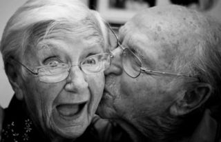 old_happy_couple2